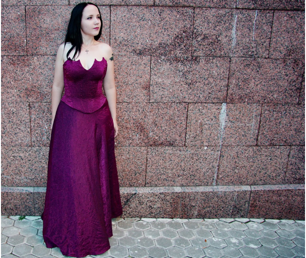 What can you wear with a purple dress?